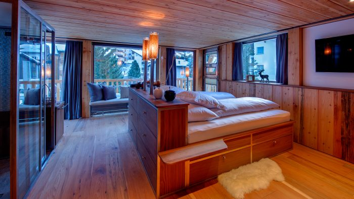 WADestinations - Backstage Chalet